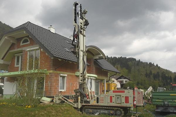 Geotermalna toplota / Erdwärme